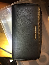 Gently used Susen Leather Collection Wallet St Catharines, L2M 4C4
