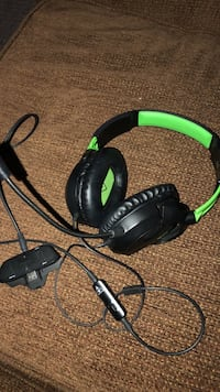 XBOX One Ear Force Recon 50X Niagara Falls, L2G