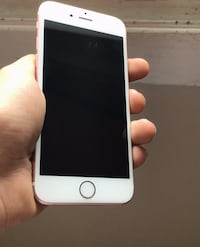 iPhone 6s 32g unlocked, no box, just a charger and the phone  Ottawa, K1T 1X6