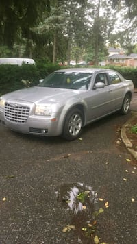Chrysler - 300 - 2006 Richmond Hill, L4E 2X2