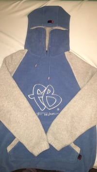 Fubu fleece sweater Maple Ridge, V4R 2C5
