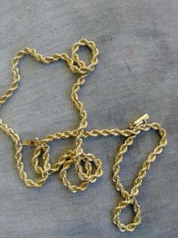 14 Kart gold rope chain and heart locket Melbourne, 32934