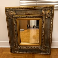 Vintage solid wood frame mirror - 17 x 19.5 inches 548 km