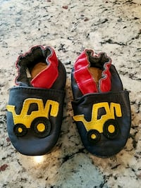 Robeez baby leather shoes 42 km