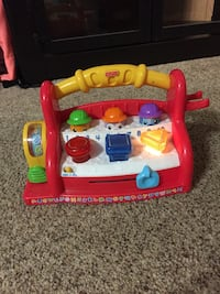 Fisher Price Pop Up Light Up Musical Toy With Batteries Included  Long Beach, 90815