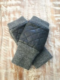 black and gray plaid Danier leather gloves Barrie, L4M 7C2