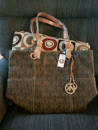 brown monogrammed Michael Kors leather tote bag Centreville, 20120
