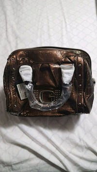 New guess purse  Edmonton, T5E 1Y8
