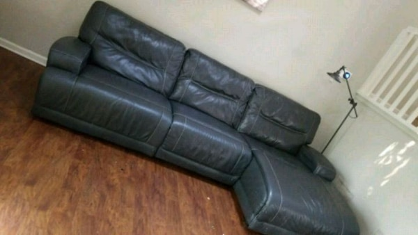 Used Caruso Leather Sectional Electric Reclinable Macys For Sale In