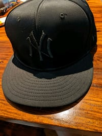 Excellent condition NY hat Calgary, T1Y 6T5