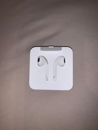 Apple ear buds Surrey