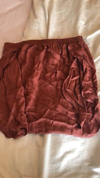 New Size Small over the shoulder rust color top Mississauga, L5M 0V5