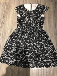 Talula ** dress size 0- great condition