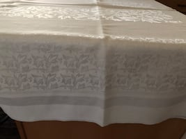Table cloth 120 x 58 Cream colored