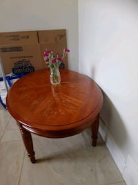 Wooden coffee table  Toronto, M1J 1T8