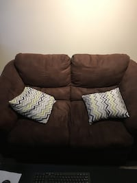 Love seat and chair Edmonton, T6R 0B7