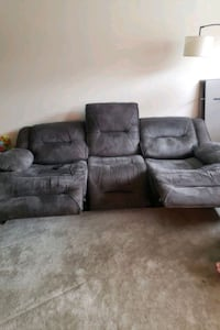 Sofas/Recliners