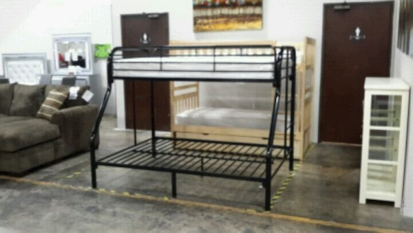 Twin Over Full Bunkbed Mattress Separate Usage A Vendre A Farmers