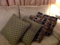 4 beautiful cushion pillow for your saw