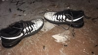 Pair of white-and-black nike sneakers Schenectady, 12304