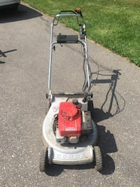 Honda Lawnmower HR214 has not been used for 11 years runs fine needs a tune up. b Wellesley, N0B 2A0