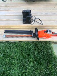 Echo Cordless Hedge Trimmer w/battery and charger