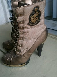 ROCA WEAR quilted copper tone boots 898 mi