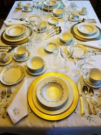 Complete fine table setting for 4 Winter Park, 32792