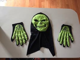 Skeleton Halloween costume with face mask and gloves...