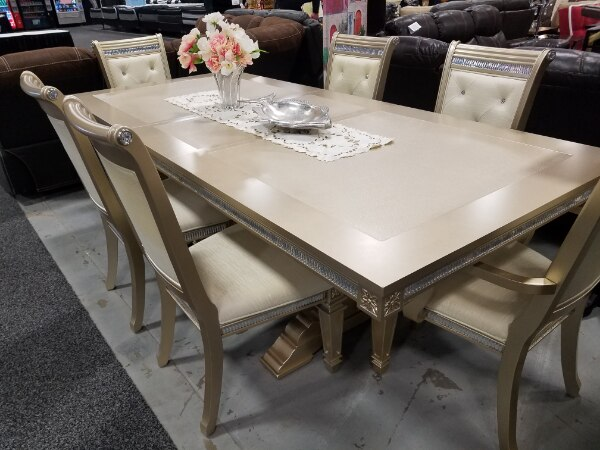 Brand new light golden wood finish 7 piece dining