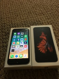 IPhone 6s unlock 128 like brand new with box and accessories  Dollard-des-Ormeaux, H8Y 3B8