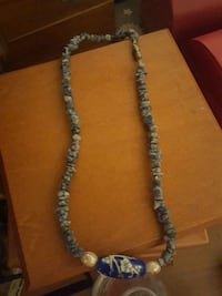 silver-colored chain necklace Sparks