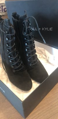 Kylie Kendall's heel size 7 Mississauga, L5B 3Z9