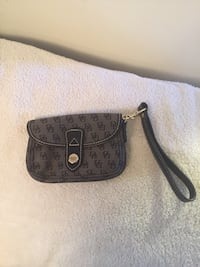women's brown and black Dooney & Bourke leather wristlet Gaithersburg, 20877