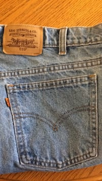 blue Levi's denim bottoms Surrey, V3W 3S5