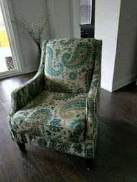 white and green floral armchair Wilmington, 28403