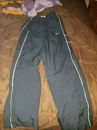 Nike pants size small Evansville, 47710