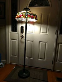 "Stained ""glass"" stand lamp"