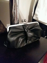 Jessica Simpson Clutch Purse Calgary, T3K 5H5