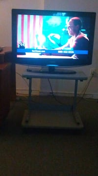 Tv stand / table Mississauga, L5B 1V2