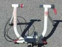 DON'T USE ANYMORE MINOURA M80 INDOOR BICYCLE TRAINER WITH SPEED CONTROL! Mississauga