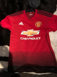 Adidas Manchester United FC jersey sz Small Burnaby, V5G 3X4