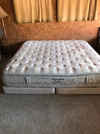 King size, can deliver, see more info  Edmonton, T5E 1C3