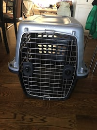 Great condition Petmate Compass Dog Crate Travel Carrier L