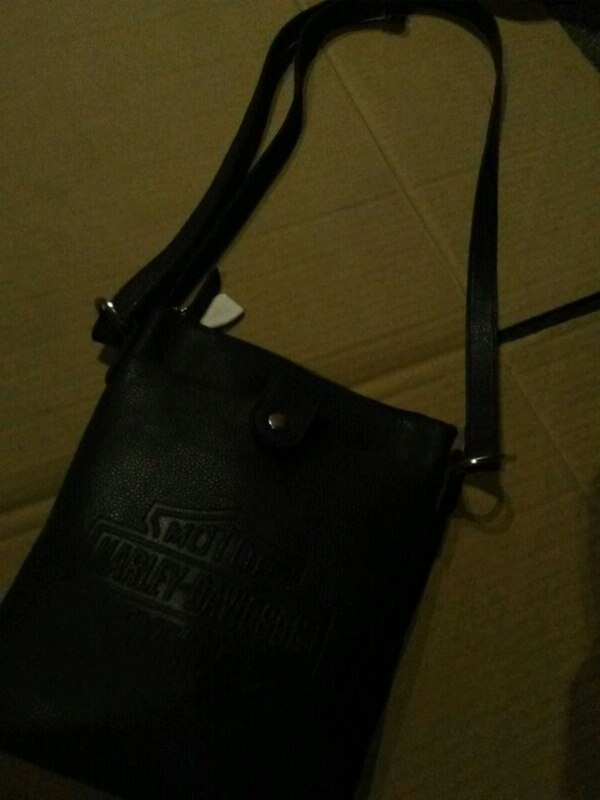 60c7aa50a905 Used black leather Michael Kors tote bag for sale in Kelowna - letgo