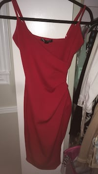 Red fitted dress Toronto, M3M 1S6