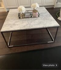 Coffee table Toronto, M3K 1J8