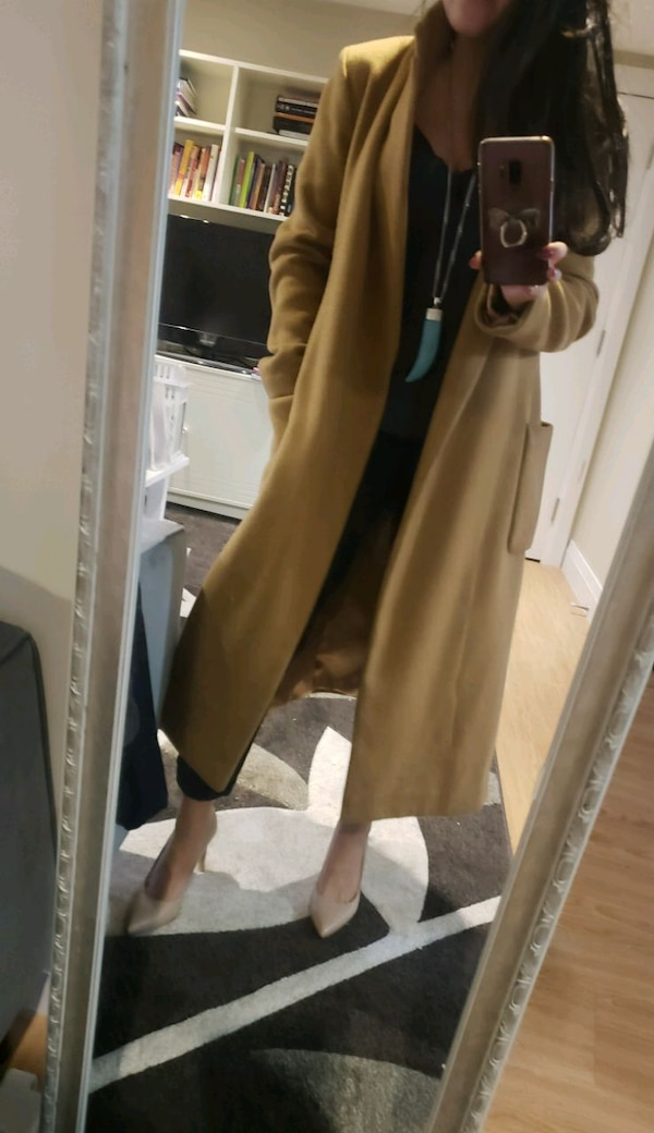 Camel trench coat size small