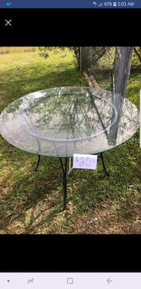 Glass patio table Saint Amant, 70774