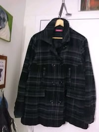 black and gray plaid button-up jacket London, N6H 4P4
